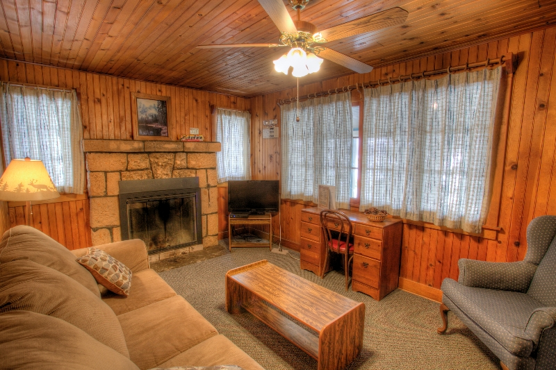 Billy Chinook | Crescent Lake Resort