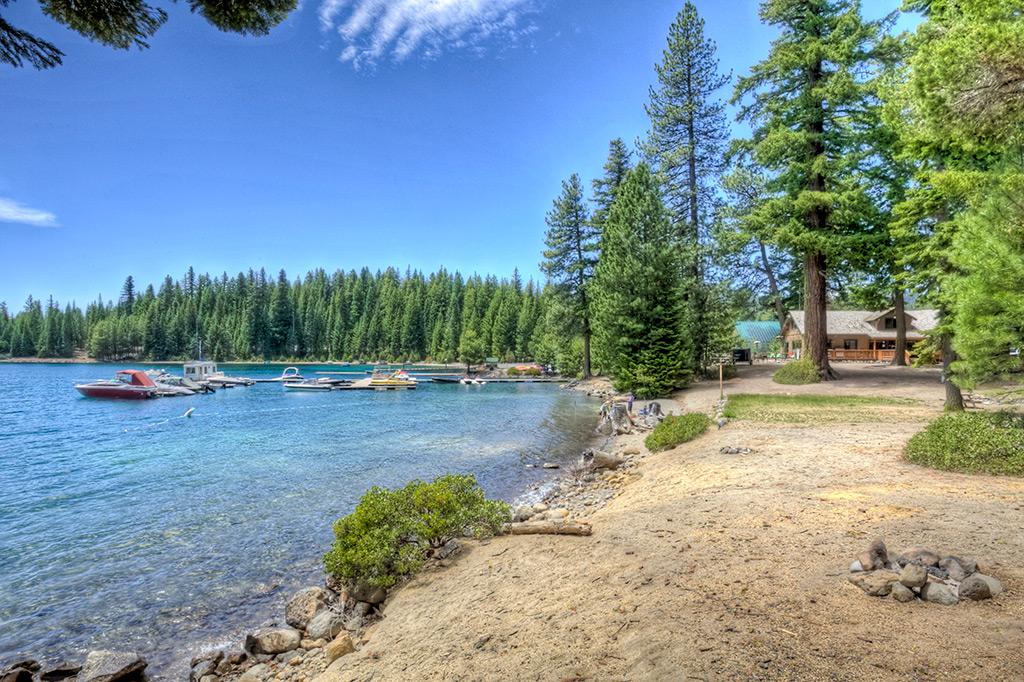 Scenic Views Hoodoo S Crescent Lake Resort